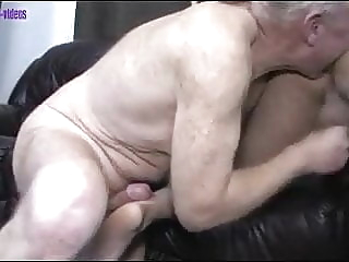 True Sex amateur (gay) big cock (gay) blowjob (gay)