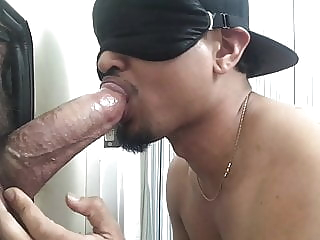 SUC BOI EATS BIG DADDY COCK 4:21 2020-12-24