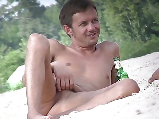 CUTE & VERY FUCKABLE GUY AT THE NUDIST BEACH - ALL HIS CLIPS 16:52 2020-12-20